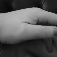 10mm-oval-Byzantine-bracelet-emily2