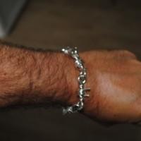 barbed-wire-bracelet-customer1