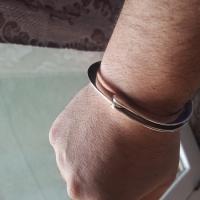 handcuffs-bracelet-mens