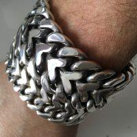 herringbone-bracelets-25mm-30mm-side-by-side.2