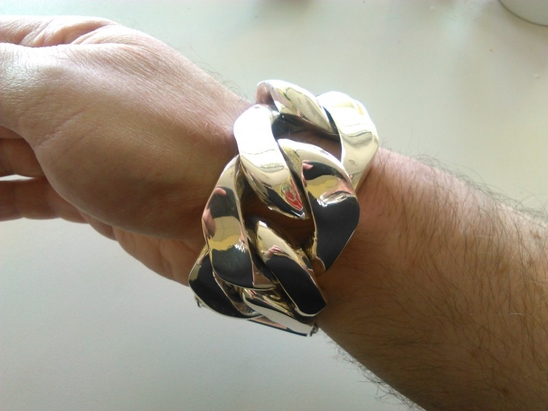 40mm-huge-mens-curb-bracelet3