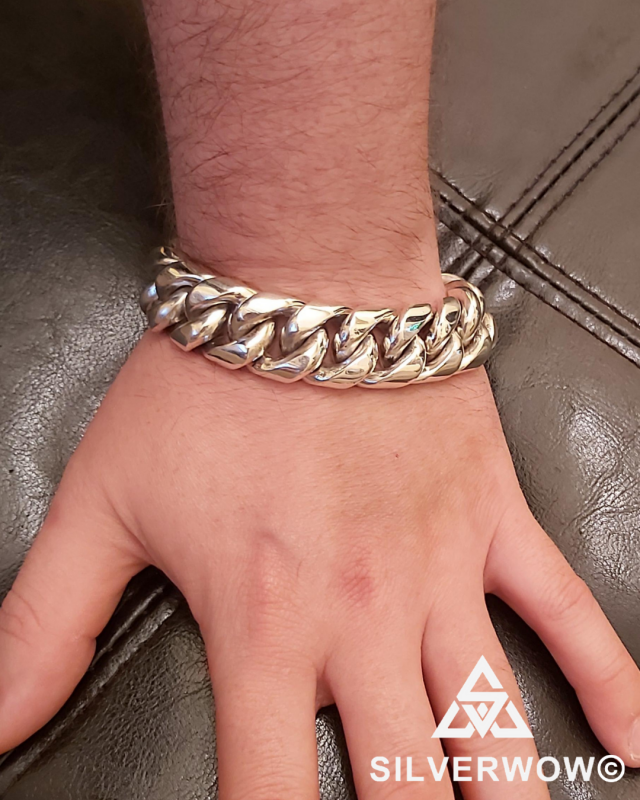 Luc with his 20MM Heavy Cuban Chain Bracelet | BY Silverwow