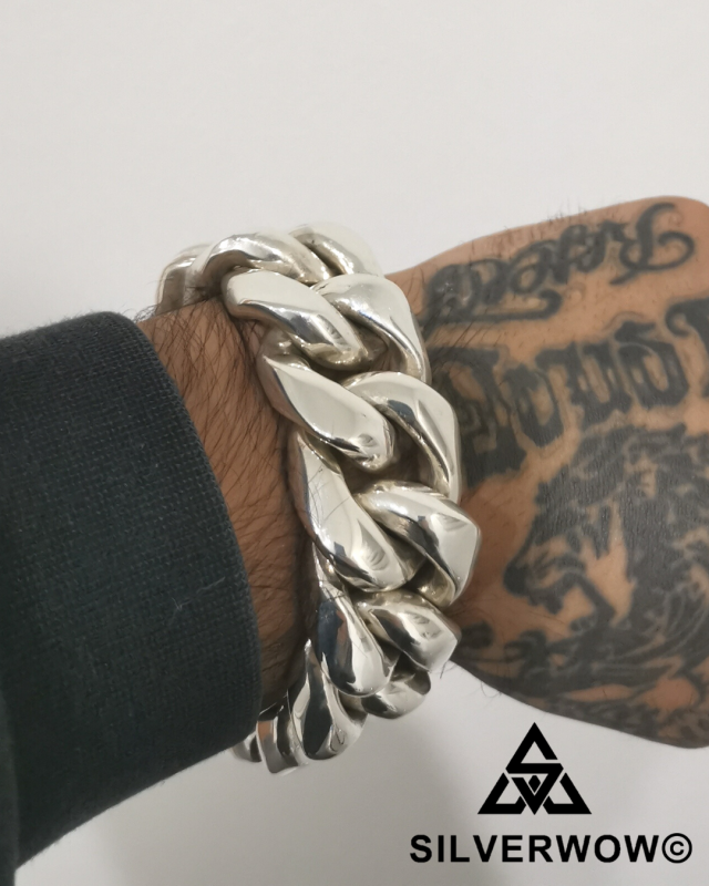 Wisam and his 30MM Chunky, Thick and Heavy Cuban Link Bracelet | BY Silverwow