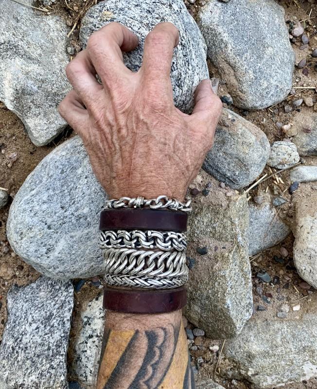 20mm Hoop Link Unique Bracelet