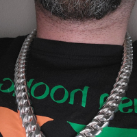 Pat with his 20mm Cuban chain necklace | BY Silverwow