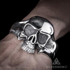 big-skull-cuff-bangle-3